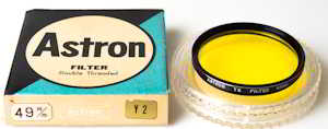 Astron 49mm Y2 Filter
